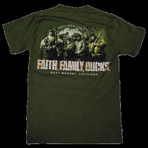 Duck Commander Faith.Family.Ducks. Men's T-Shirt in Moss Green - Large