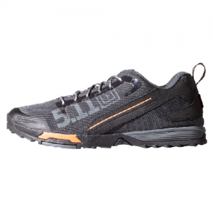 Recon Trainer Color: Shadow (036) Shoe Size: 8 Width: Regular
