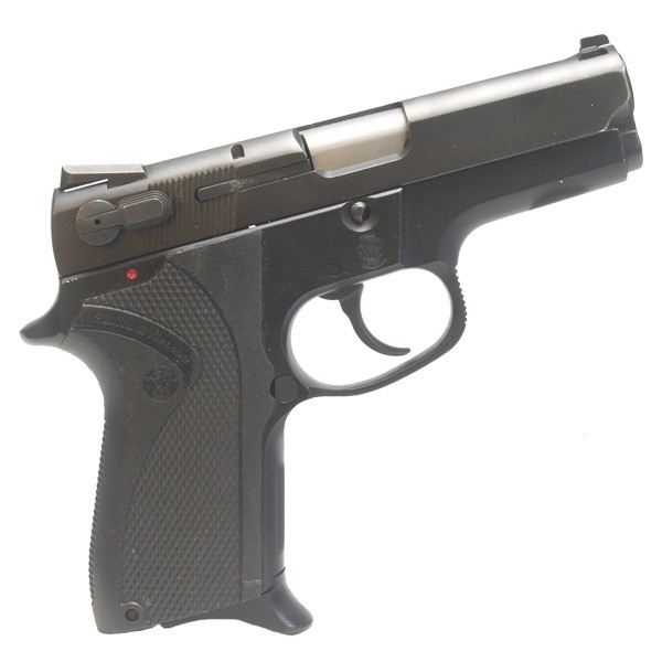 "Pre-Owned Smith & Wesson Model 6904 9mm Luger (Parabellum) Semi-Automatic Pistol 3.5"" Barrel 12+1 Capacity 1-12 Round Factory Magazine"