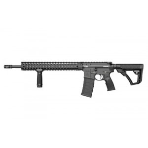 """Daniel Defense V9 .223 Remington/5.56 NATO 30-Round 18"""" Semi-Automatic Rifle in Black - 02-145-02036-047"""