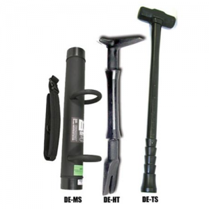 Dyn. Entry Tact Entry Kit #1  Tactical Entry Kit #1 including one each: DE-MS/-HT/-TS Black DE-MS   MONOSHOCK RAM The flagship of the Dynamic Entry tool line Expert breacher's ram of choice Non-sparking and electrically non-conductive to 100,000 volts AC