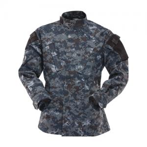 TruSpec - TRU Shirt Color: Midnight Digital Length: Regular Size: Medium Fabric: 65/35 Polyester/Cotton Rip Stop