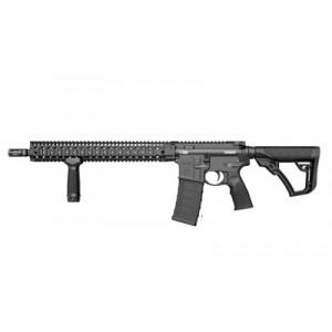 """Daniel Defense V9 5.56 NATO 30-Round 16"""" Semi-Automatic Rifle in Black - 02-145-15175-047"""