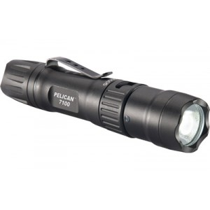 "Pelican 7100 Flashlight in Black (6"") - 071000-0000-110"