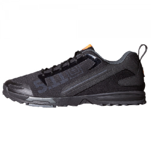 Recon Trainer Color: Black (019) Shoe Size: 7.5 Width: Regular