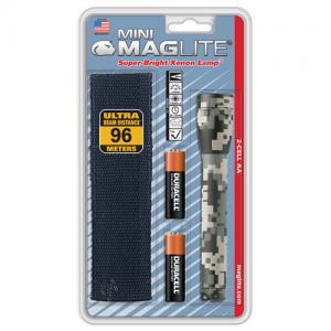 """MagLite Mini Mag Flashlight in Universal Camo (5.75"""") - M2AMRH"""
